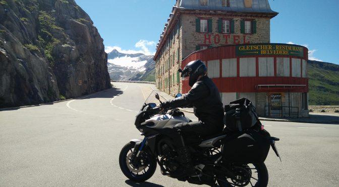 Tag 4: Susten-, Grimsel-, Furka-, Gotthard-, Nufenenpass. Und der große Bernhardiner #LeGrandTourDesAlpes
