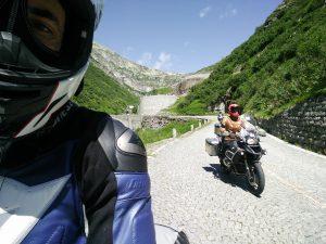 Pass Abfahrt Gotthard