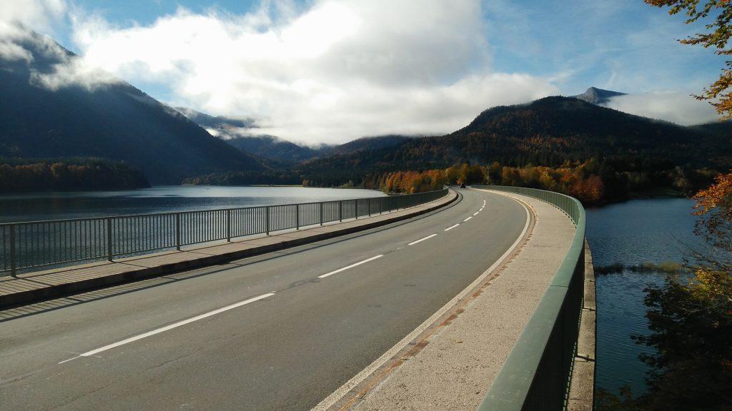 Brücke über den Sylvensteinspeicher