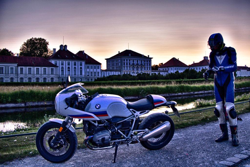 HDR Aufnahme - Bike vor Schloß